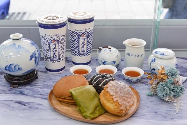 飲料控開喝!全家聯名百年老茶廠,推台南古早味「仙女紅茶+奶茶」。(業者提供)