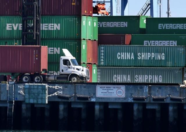 經濟學家預測,中國經濟將因為美國的高額關稅受到更大打擊。(Mark Ralston/AFP/Getty Images)