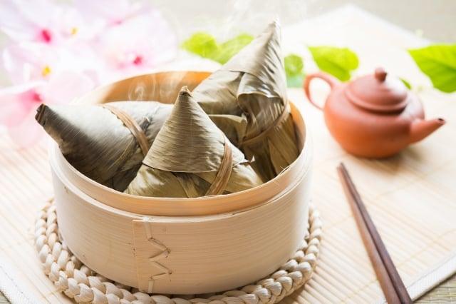 聞著手上的粽子香味!豁然領悟到:喜悅的心是治病的特效藥。(Fotolia)