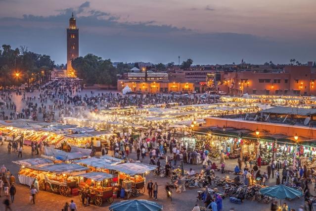 摩洛哥馬拉喀什市集是外星人槍戰藏匿處。(公關提供)