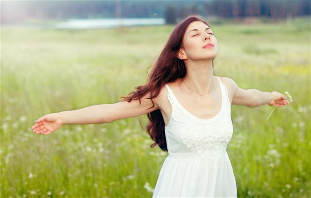 魚樂蠶絲蛋白洗髮沐浴乳 讓洗髮沐浴好紓壓。(123RF)