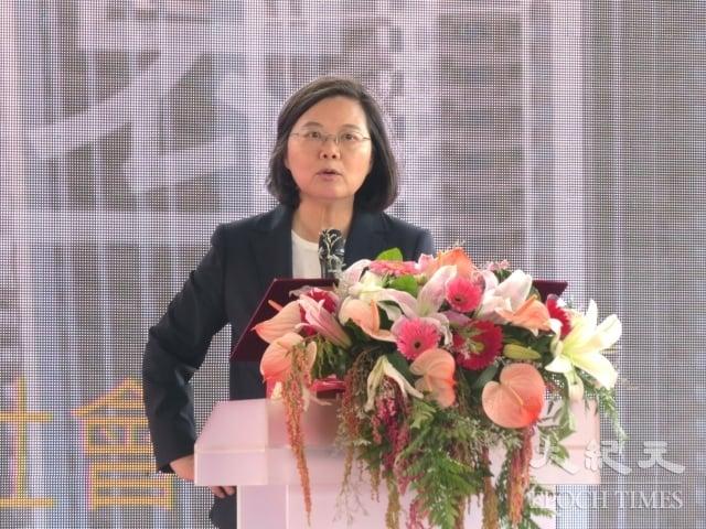 蔡總統也宣布將與各地方政府合作,新完工社會住宅保留一定戶數給符合資格的基層警、消人員優先承租。(記者陳建霖/攝影)