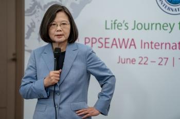 總統:把錯假訊息從台灣移除
