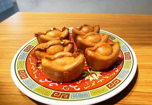 原本是賣雞蛋糕的林修賢,把他們團隊研發的各種新口味帶來台中。(攝影/鄧玫玲)