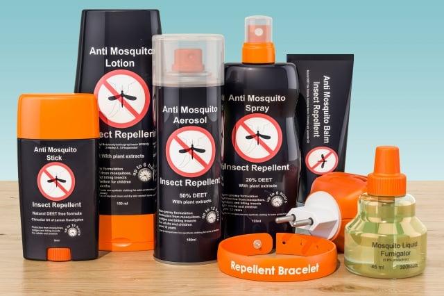 防蚊產品對人體是否安全,基本防蚊措施:勤洗澡、傍晚外出穿淺色的長袖長褲、家裡裝上紗窗、睡覺時罩上蚊帳等。(123RF)