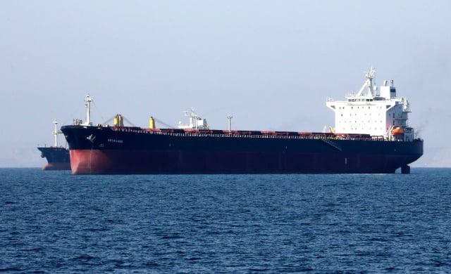 美國自2017年開始對馬杜洛政權實施經濟制裁,同時封殺該國石油出口。圖為油輪。(ATTA KENARE/AFP/Getty Images)