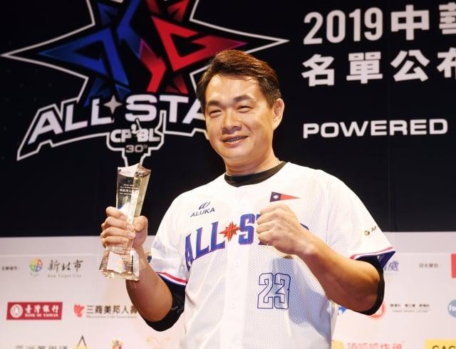 中信兄弟「恰恰」彭政閔連續15年獲選職棒明星賽人氣王。(中央社)