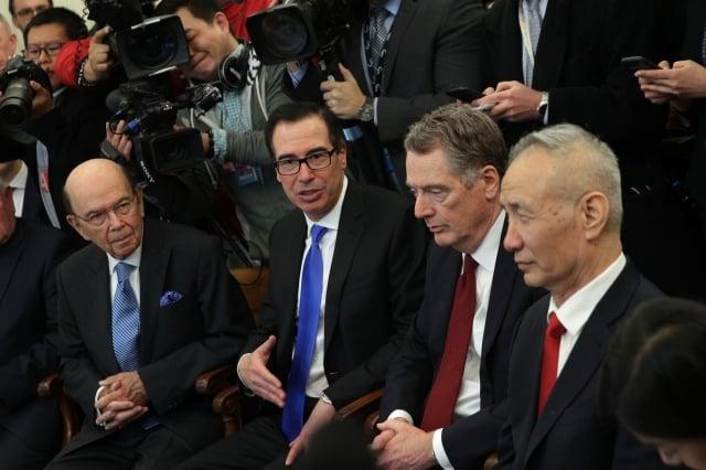 美中兩國高級談判代表將於本週通話,試圖重啟自5月以來陷入停滯的貿易談判。圖為示意圖。(Alex Wong / Getty Images)