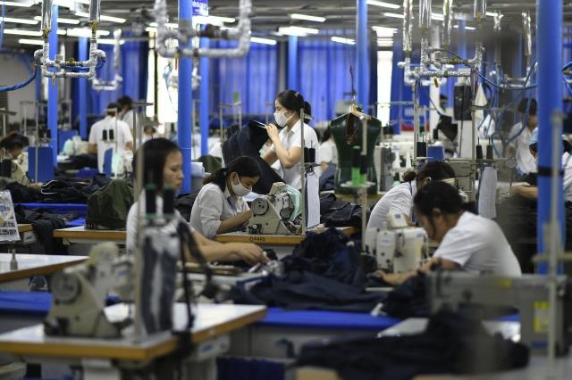 越南在2019年前3月外人投資創近3年同期最高。(Manan VATSYAYANA / AFP)