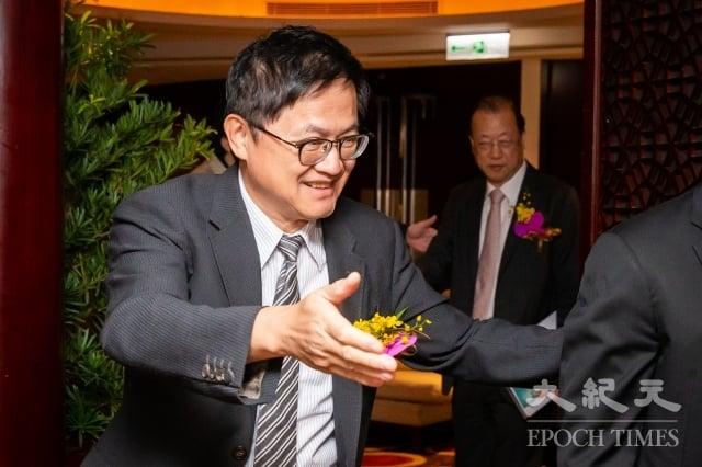 美國總統川普宣布將對3千億美元的中國產品加徵10%關稅,和碩聯合科技公司董事長童子賢2日表示,此舉觸發中國市場多項議題,帶動產業鏈移動,而台灣適應得相當好。(記者陳柏州/攝影)