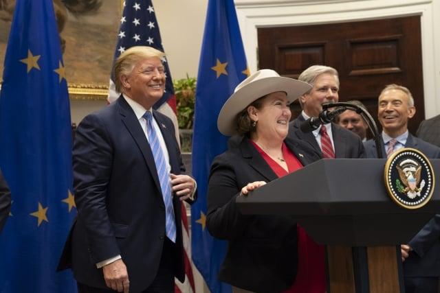 美國總統川普上週五(8月2日)對外宣布稱,美國同歐盟達成了一項增加向歐盟國家出口牛肉的協議。(白宮提供)