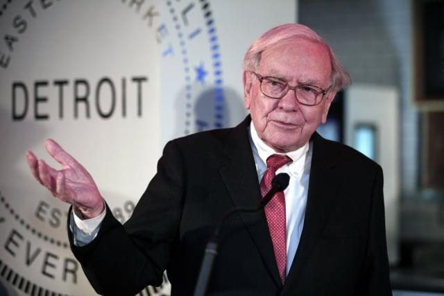 全美知名的投資泰斗巴菲特被稱為華爾街的「股神」、「奧馬哈先知」,是當今世界頂級的投資大師。(Bill Pugliano / Getty Images)