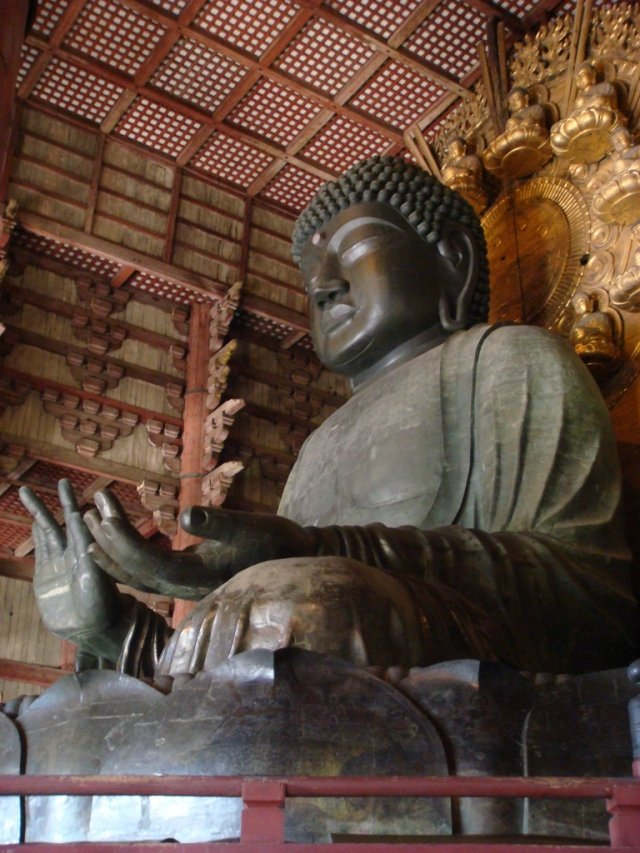 奈良東大寺的盧舍那佛像。(維基百科)