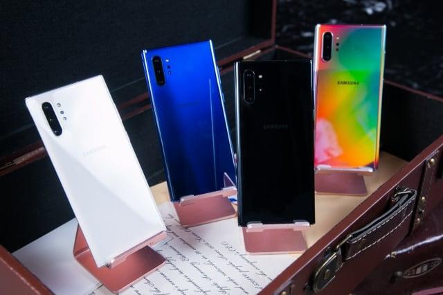 Galaxy Note10系列將推出星環白、星環黑、星環銀、星環藍。(三星提供)