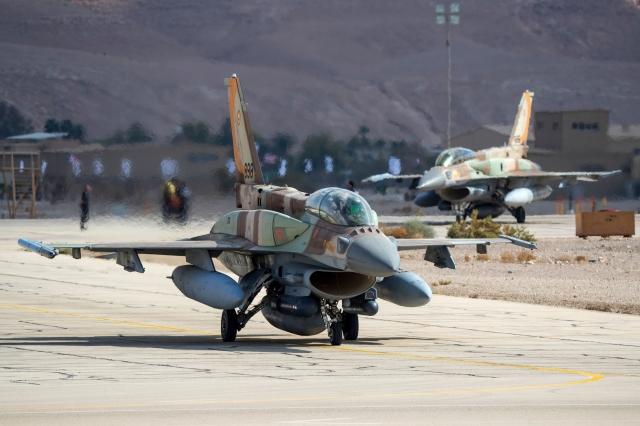美國總統川普在週日(8月18日)證實,他已經批准出售價值80億美元的66架F-16V戰機給台灣。圖為示意圖。(Getty Images)
