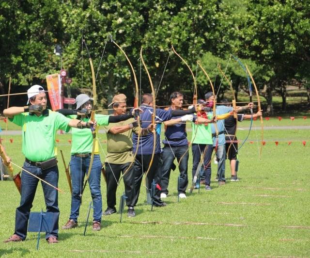 原住民傳統運動會射箭比賽,花東地區射箭好手齊聚競技。