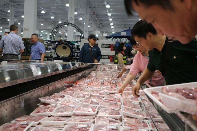 中共阻止非洲豬瘟在豬群中蔓延,但其對肉價的控制努力「無效」。(中央社)