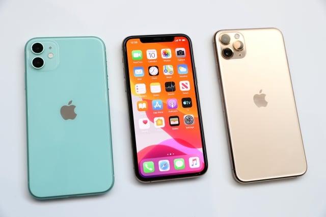 蘋果上週公布新款iPhone ,新機在20日於台灣開賣。(Justin Sullivan/Getty Images)