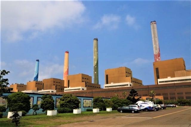 環團要求市府落實管制生煤條例之達成年限,不能跳票。(記者台中市政府/攝影)