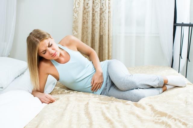 中醫理論認為經前症候群主要與肝的功能失調有關,治療以「疏肝解鬱」為主。(Fotolia)