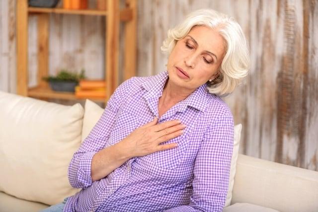 心房顫動是心律不整中常見的一種疾病,由於心臟裡的心房沒有正常跳動所導致,是一種會造成心跳不規則的心律不整。(Fotolia)