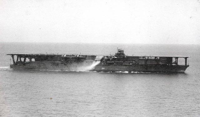 圖為加賀號歷史照片。(維基百科)