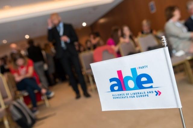 歐洲議會的第三大勢力泛歐自由黨派聯盟(ALDE Party)在10月舉行年會,針對中共崛起等議題通過決議。(ALDE Party Flickr)