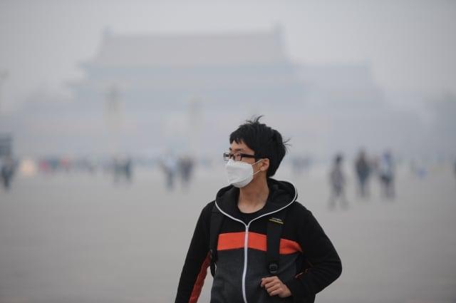 中國大陸今年發生冷冬的機率幾乎為零,不利於汙染物的擴散,但北京仍放寬空汙標準。(大紀元資料室)