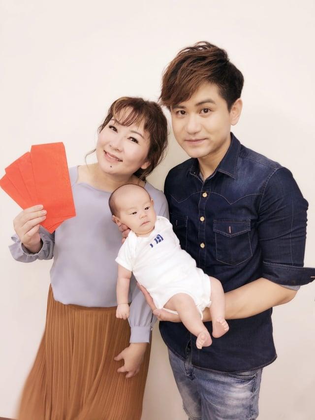 吳俊宏喜獲兒子張秀卿 送20箱紙尿布迎好孕(豪記唱片提供)