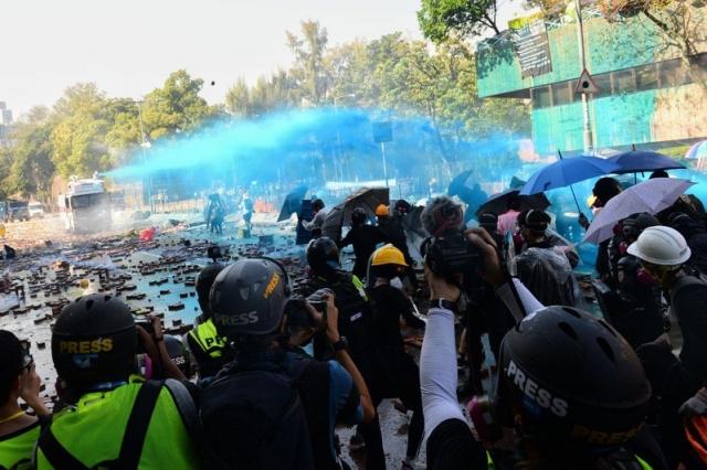 香港理工大學附近近日爆發警民衝突,目前在港台生均安,理大台生167人中已知返台人數有76人。(記者孫明國/攝影)