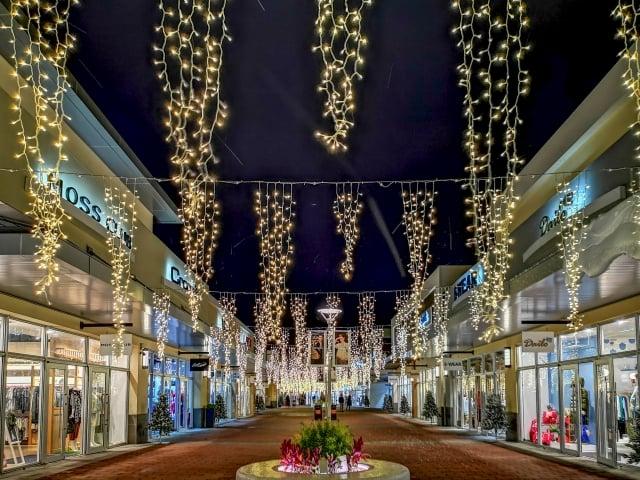 在聖誕檔期帶動下,今年全年可望達400萬人次、營收上看70億元。(業者提供)