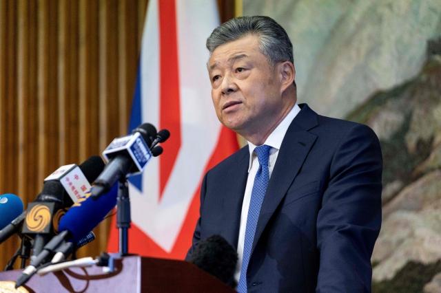 中共駐英國大使劉曉明公開宣稱「中國沒有政治犯」,被批是在替中共極權政權塗脂抹粉。圖為資料照。(Getty Images)