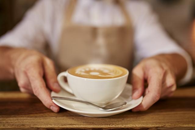 品味高山環境所熟成,有著森林芬芳,獨具特色的咖啡。(123RF)