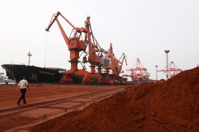 美中達成第一階段貿易協議後,中國11月出口美國的稀土磁鐵大量減少。圖為示意照。(AFP)