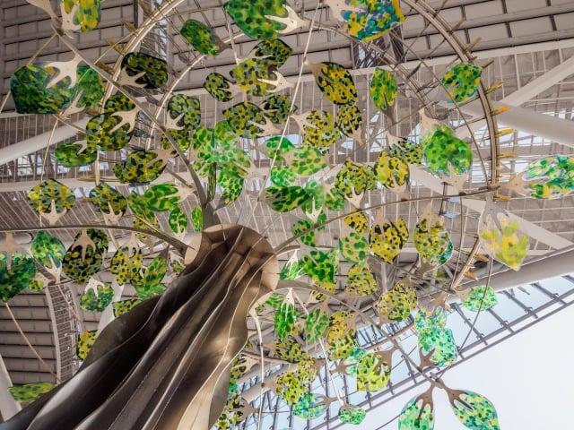 「青春鐵道線」,設置於台中車站的公共藝術作品《台中之心三部曲》