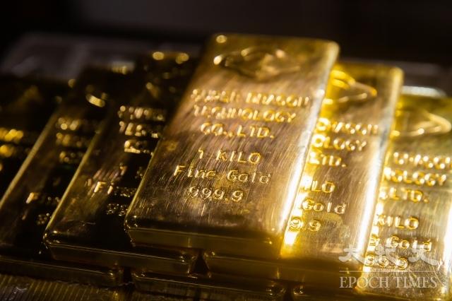 美伊局勢持續升溫,黃金交易員8日表示,金價一度衝破每英兩1,610美元,創7年來新高。圖為示意圖。(記者陳柏州/攝影)