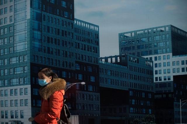 中國房市持續處於低迷狀態,各省地方政府用盡一切辦法,阻止房價下滑。示意圖。(Getty Images)
