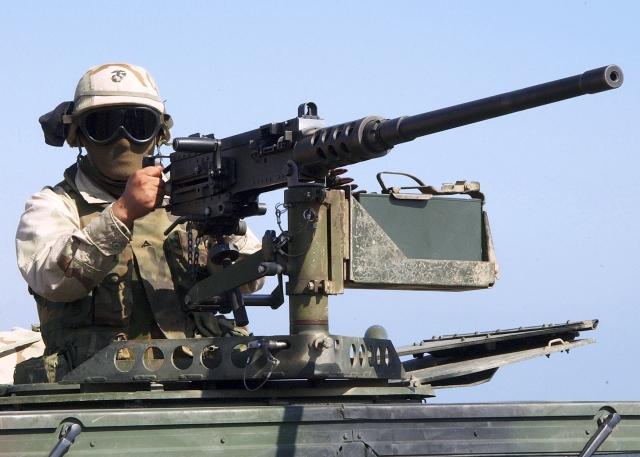 圖為美軍M2機槍。(Mate 2nd Class Michael Sandberg, USN/維基百科)