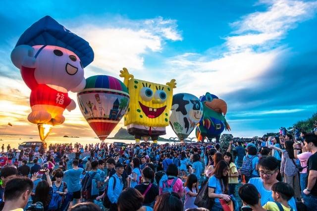 台東縣政府公布2020年台東熱氣球嘉年華將於7月11日展開。(台東縣政府提供)