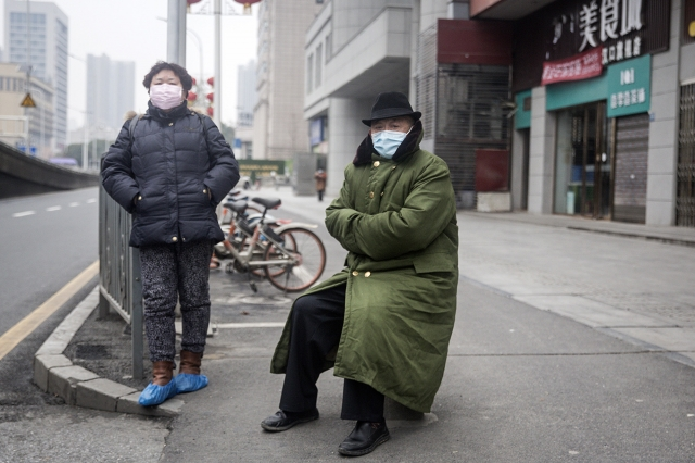 武漢因新冠病毒感染死亡人數遠大於官方統計,辛女士的外公外婆就是一例。示意圖。(Getty Images)