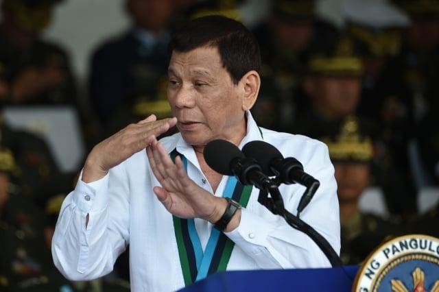菲律賓禁台令引起我方大力反彈,菲國政府14日內閣會議後,決議對台解禁。圖為菲國總統杜特蒂資料照。(TED ALJIBE/Getty Images)