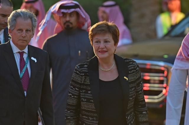 IMF總裁喬治艾娃(Kristalina Georgieva)2月22日抵達G20財長和央行行長會議的歡迎晚宴。(FAYEZ NURELDINE / AFP)