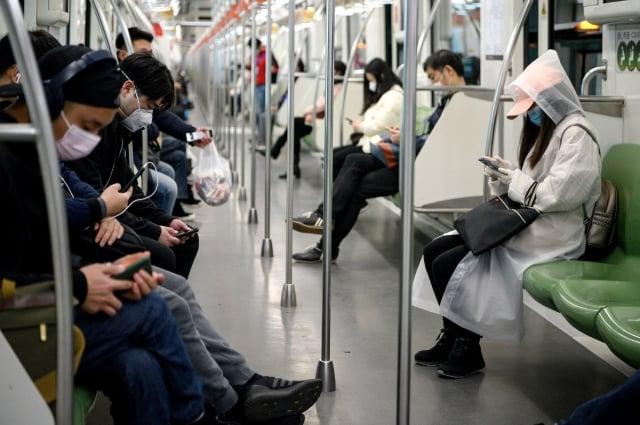 武漢肺炎疫情令中小企業開工率仍然不足30%,減薪裁員已經在進行之中,千萬家中小企業成為中國經濟的最大問題。示意圖。(Getty Images)