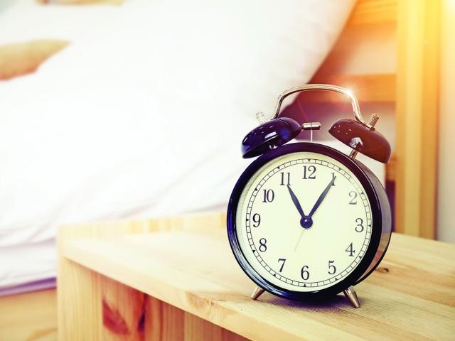 子時(夜晚11點至凌晨1點)是身體陰陽交替的時間,這段時間的睡眠非常重要。(Shutterstock)