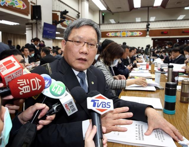 財政部長蘇建榮表示,到目前為止,國安基金一直都隨時待命,視情況決定是否進場。(中央社資料照)