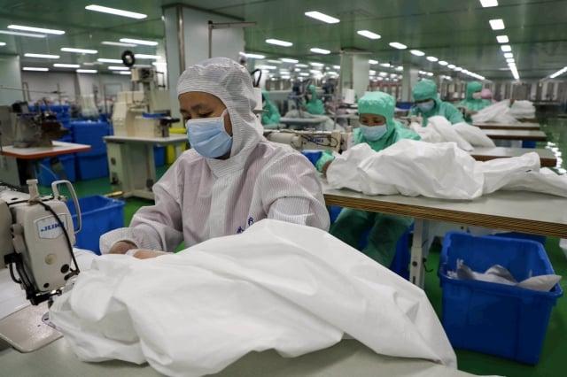持續減緩的中國經濟,今年初開始又遭遇武漢肺炎疫情,可謂雪上加霜。(STR/AFP via Getty Images)