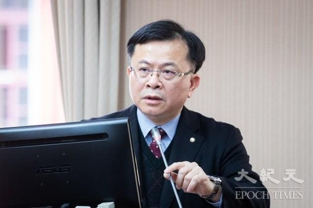 NCC代理主委陳耀祥23日表示,網際網路視聽服務法(OTT TV專法)若能在這個會期前提出,原則上會是境內、境外都會管理,但會「抓大放小」,若涉及專業製作才會列入規範中。(記者陳柏州/攝影)