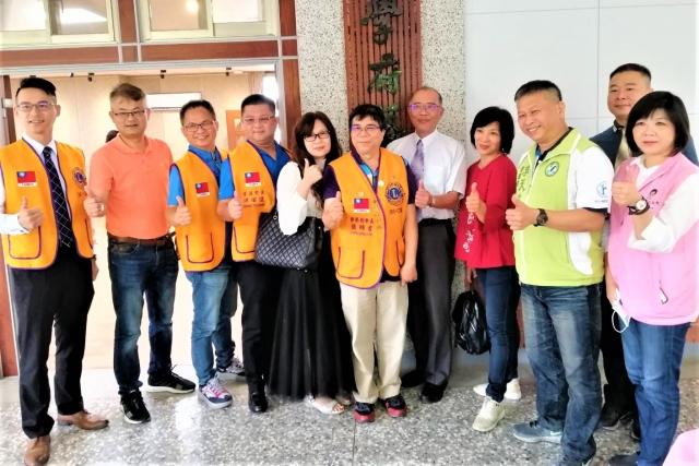 大里瑞城國小「昇揚藝廊」1日舉行啟用典禮。