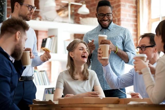 學會尊重對方不同的觀點和立場,可以為自己打造優質的人際關係。(Shutterstock)