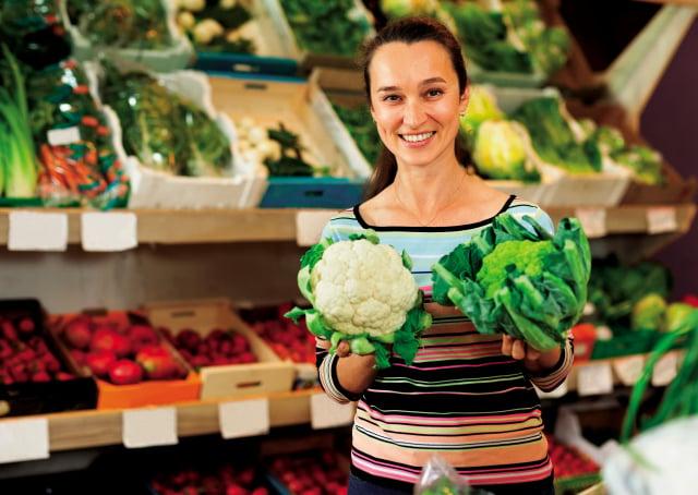 人體的「第一道防線」就是呼吸道黏膜,因此要在防疫期間強化呼吸道與肺部,在飲食上可多攝取花椰菜與青花菜。(Shutterstock)